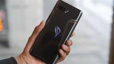 Asus ROG Phone II Review: Thick and powerful
