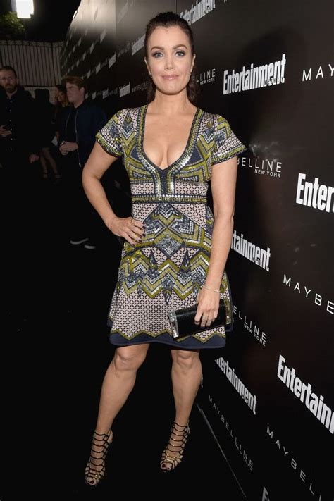 Bellamy Young Cleavage (18 Photos) | #TheFappening