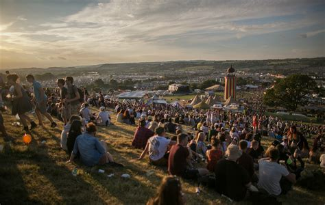 Full Glastonbury 2017 line-up and stage times revealed - NME