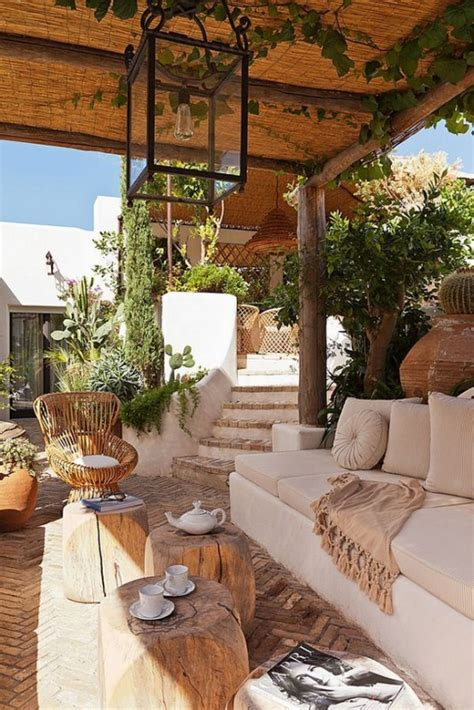 36 Cool And Inviting Summer Terrace Décor Ideas - DigsDigs