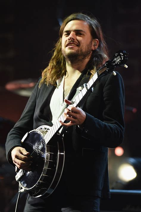 Winston Marshall Height, Age, Wife, Net Worth, Married, Facts