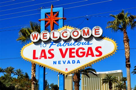 The Road Tripper's Guide To Las Vegas   Heels And Wheels