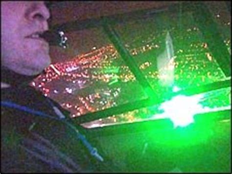 BBC NEWS | Technology | Police fight back on laser threat