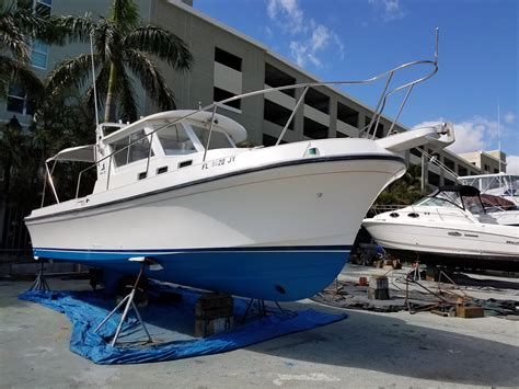 1995 Albin 28 Tournament Express Power Boat For Sale - www