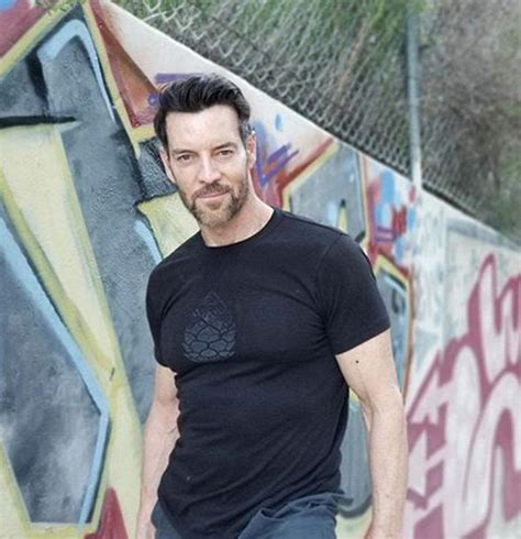 Who Is Tony Horton's Wife? Married, Net Worth, Workout