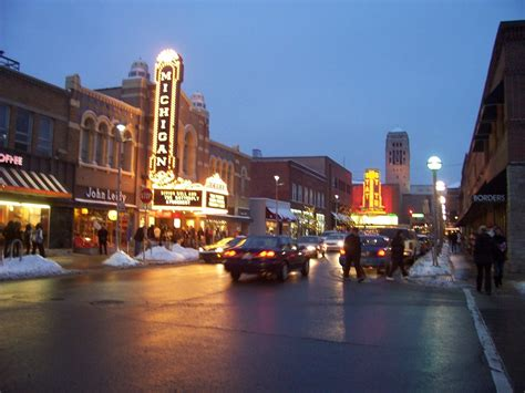 10 Most Beautiful Small Towns in Michigan | Attractions of