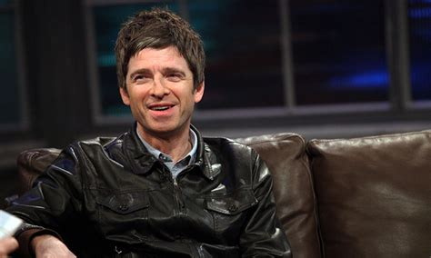 Noel Gallagher donates Don't Look Back in Anger royalties